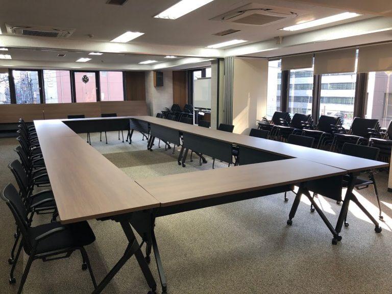 某インフラ企業(会議室)